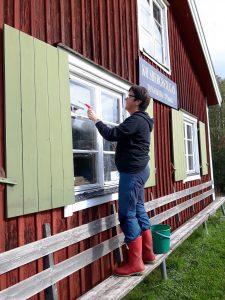 Fönster repareras