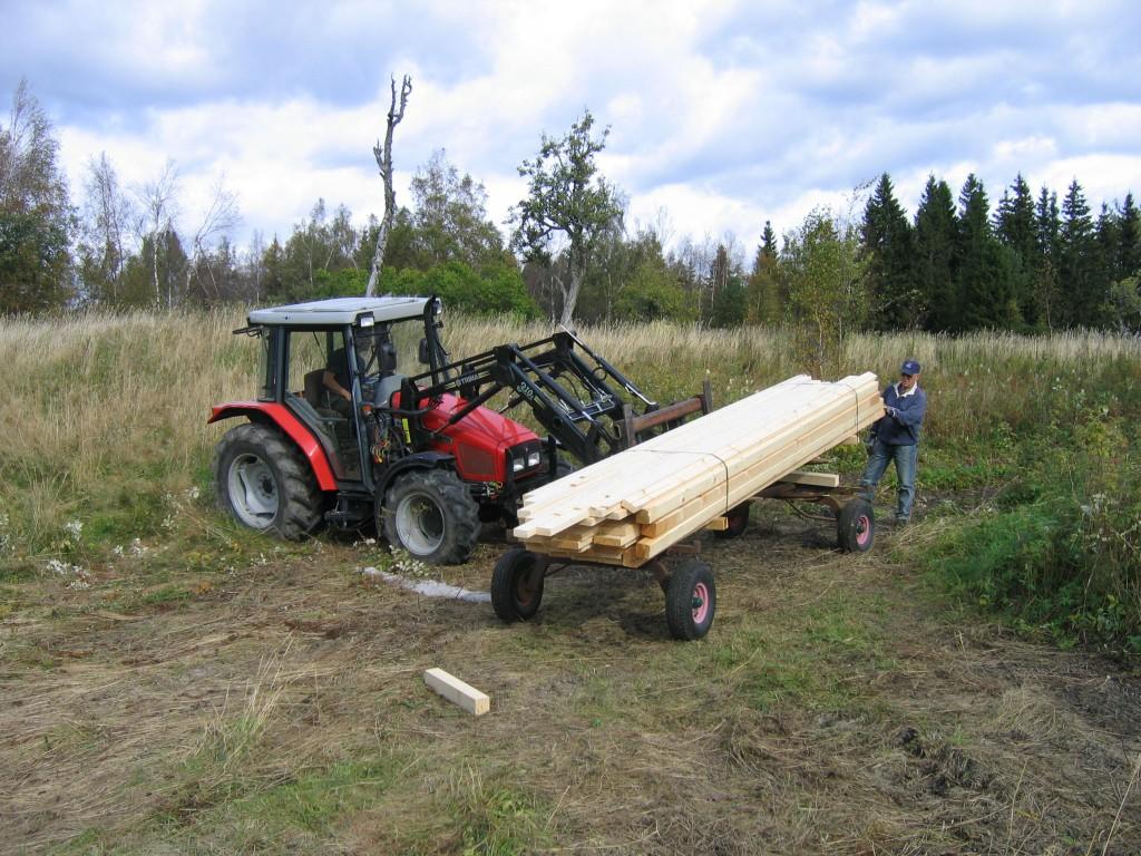 Traktor med virke